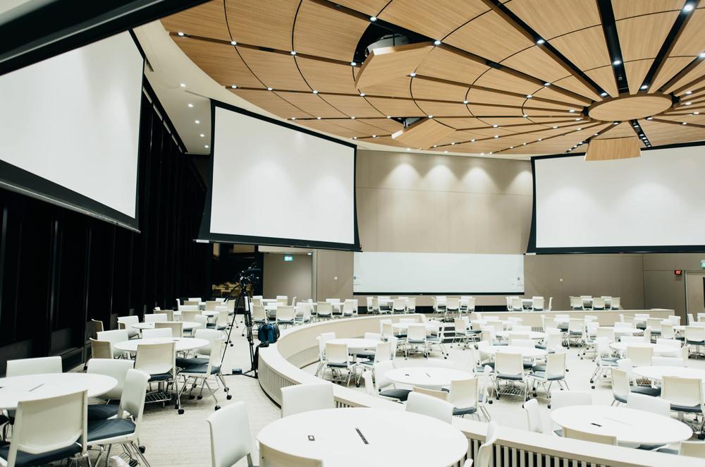 organising corporate event 1
